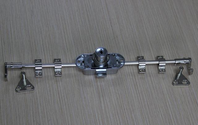 Khóa tủ gỗ HM368